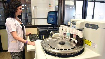 Nuevo equipo permite diagnosticar los tumores con más precisión