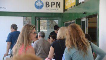 Estatales cobran hoy los 3500 pesos del bono provincial