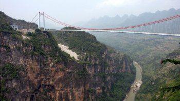 China inauguró el puente más alto del mundo: está a 565 metros