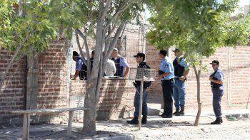 En total se realizaron tres allanamientos en el barrio Graciani.
