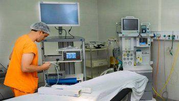 el hospital ampliara la cantidad de cirugias por el nuevo equipamiento