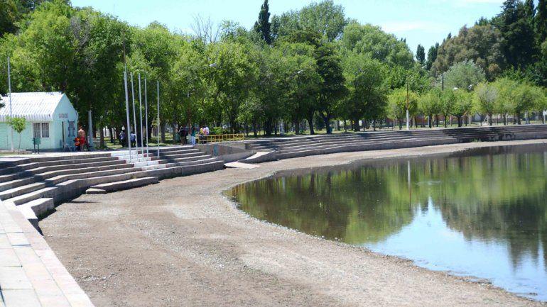 El balneario Albino Cotro sigue cerrado para los bañistas.