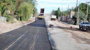 El Municipio prevé desembolsar $300 millones para llevar pavimento a 200 cuadras de la ciudad.