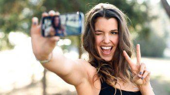 si haces la v en una selfie pueden hackearte la cuenta bancaria