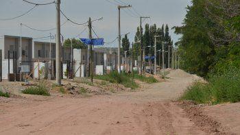 La mujer vive en una de las nuevas casas en el sector de las 127 Hectáreas.