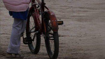 El hombre, de 30 años, vive en situación de calle. No tiene domicilio y es conocido por la gente de Tunuyán.