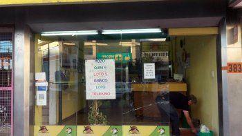 rompieron el vidrio de una agencia y se llevaron 300 pesos de la caja