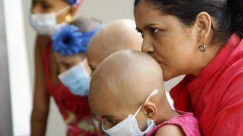 Escándalo: realizaban falsas quimioterapias a niños con cáncer