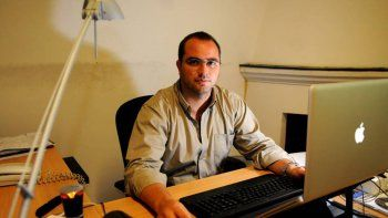 Daniel Casellles (43) es egresado de la Universidad de Mendoza.