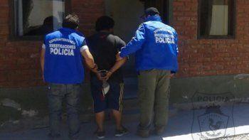 Personal del grupo de Recaptura traslada a Matamala para su identificación.