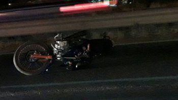un motociclista herido tras chocar contra el guarda rail en ruta 7