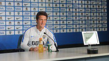Guillermo Barros Schelotto se ilusiona con la llegada de Walter Montoya.