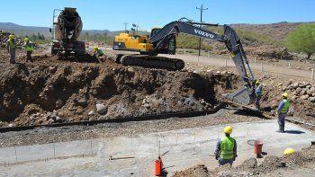 En un año y medio estarán asfaltados los 13 kilómetros de la Ruta 43.