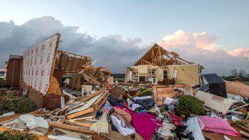 al menos 18 muertos por fuertes tormentas en estados unidos