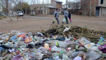 El Municipio insiste en aplicar multas a los vecinos mugrientos
