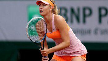 a los 32 anos se retiro del tenis maria sharapova