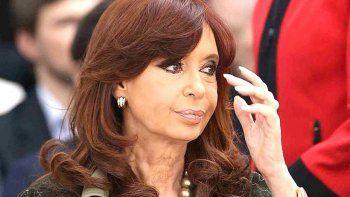 Cristina tildó a Macri de mafioso sostenido por los medios