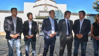 Gutiérrez y el funcionario de Justicia de la Nación, Juan Mahiques, en la U9.