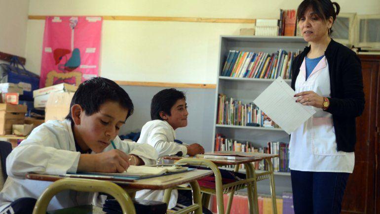 Gobierno creó 391 cargos para escuelas de toda la provincia