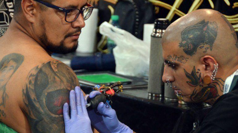 Tatuadores De Medio Mundo En Neuquén Convención