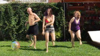 Hizo el Desafío Baila con sus padres y es furor
