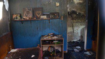Murió el abuelo al que se le había quemado la casa