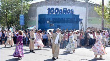 Inauguraron un mural en homenaje a Don Felipe Sapag