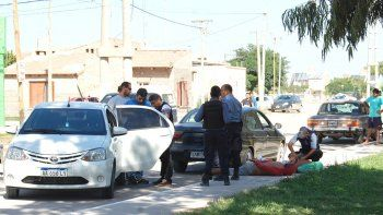 La detención llamó la atención de gran cantidad de vecinos.