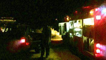 Una familia de San Luis estuvo varada más de ocho horas en una picada del lago Mari Menuco