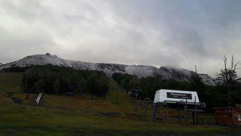 Una nevada sorprendió a todos en San Martín de los Andes