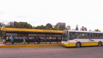 Las ecoestaciones están ubicadas en calle Sarmiento. En una segunda etapa tendrán hasta wifi gratis.