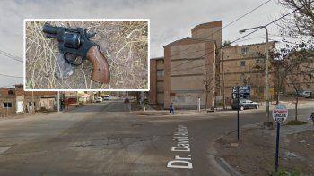 atraparon a tres adolescentes armados que quisieron robar un auto en el barrio mudon