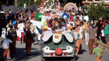 El desfile de carrozas se hará el domingo a partir de las 17.