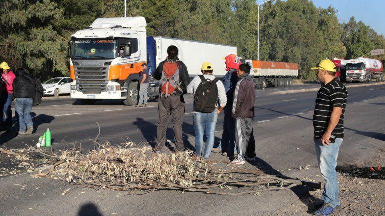 Los desocupados de la construcción no bloquearán carreteras.