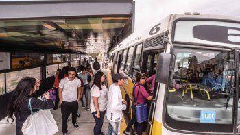 El servicio de transporte público funcionará como los domingos.