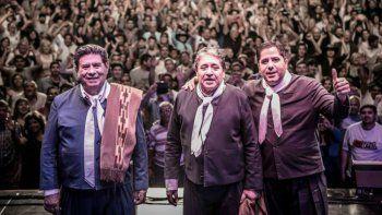 En pleno recital de Los Manseros