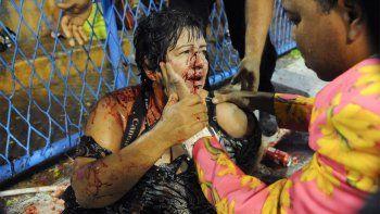 ocho heridos al despistarse una carroza gigante en el carnaval