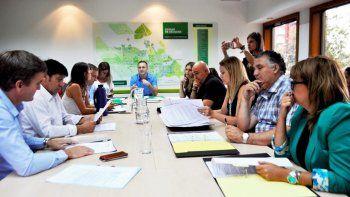 Los concejales con el secretario de Cultura y Turismo, Andrés Ros.