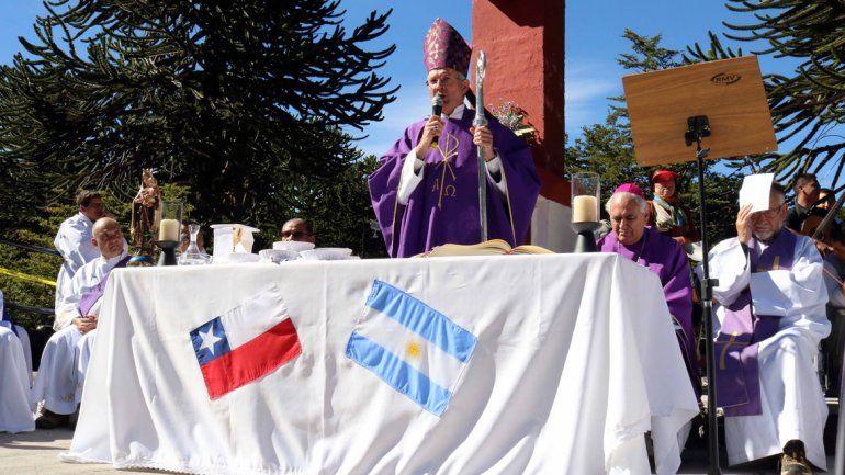 Una multitud participó de la misa del Cristo de Tromen en Junín