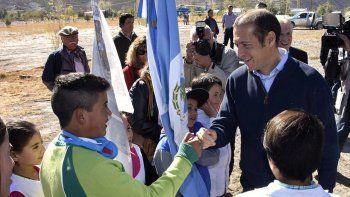 Gutiérrez anunció obras y aportes para la localidad del norte neuquino.