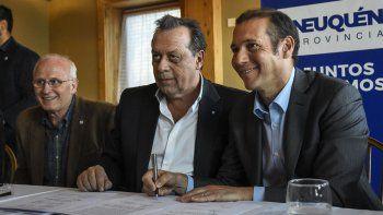 Firman convenios para potenciar el turismo en toda la provincia