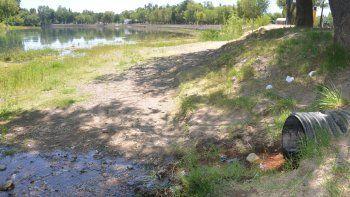 El proyecto sugiere que la UNCo se haga cargo del análisis de las aguas.