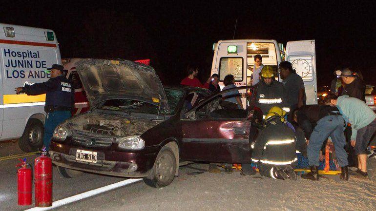 Cinco heridos en un tremendo accidente sobre la Ruta 40