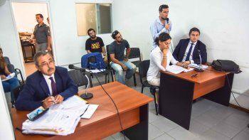 Ayer, los dos acusados y sus respectivos defensores, Juan Manuel Coto (Redivo) y Eliana Lazzarini (Fundaro).