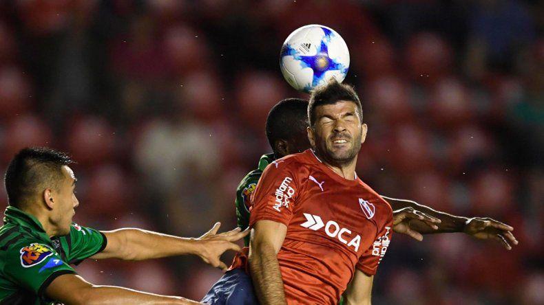 El delantero volvió al fútbol argentino tras su paso por China.