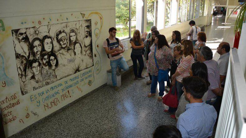 Inauguran muestra itinerante sobre los crímenes de la dictadura