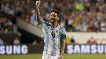 Lionel Messi y Alexis Sánchez (parece que llega), las dos figuras.