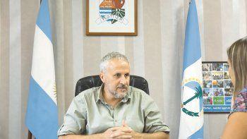 Peressini confía en lograr una solución regional a muchos problemas que tienen las intendencias vecinas.