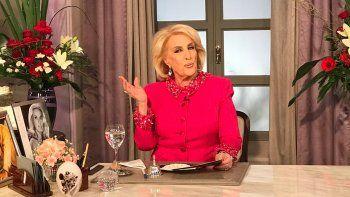 Tras las críticas por la nota a Macri, Mirtha dijo que quiere que gane Cambiemos.