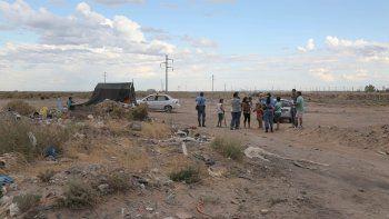 Vecinos empezaron ayer a ocupar tierras. Tienen un proyecto urbano.